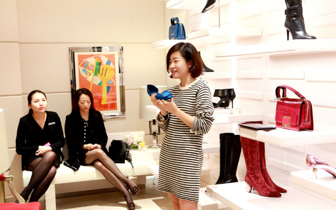 The secret of high heels with Roger Vivier